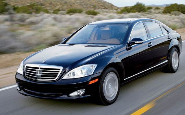 Best used luxury cars for less than 30 000 for Mercedes benz 30000