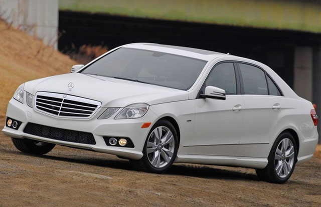 Best used luxury cars for less than 30 000 for Mercedes benz e class price list